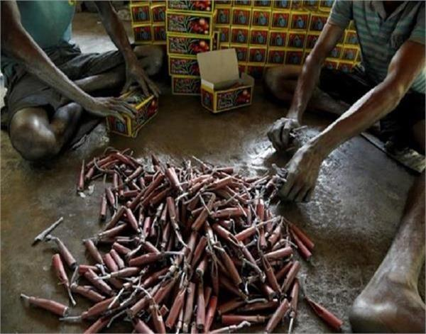 6 factories have license to make crackers nobody is following rules