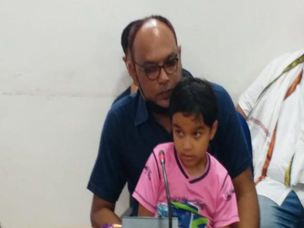 kidnapped 6 year old child and demanded ransom of 1 crore
