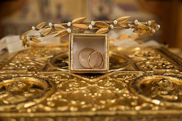 investing in gold proving to be a boon during crisis prices may come