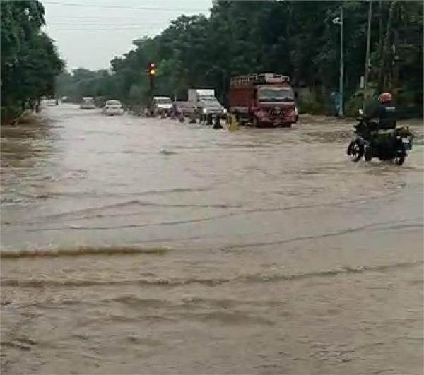 the rains again created in delhi