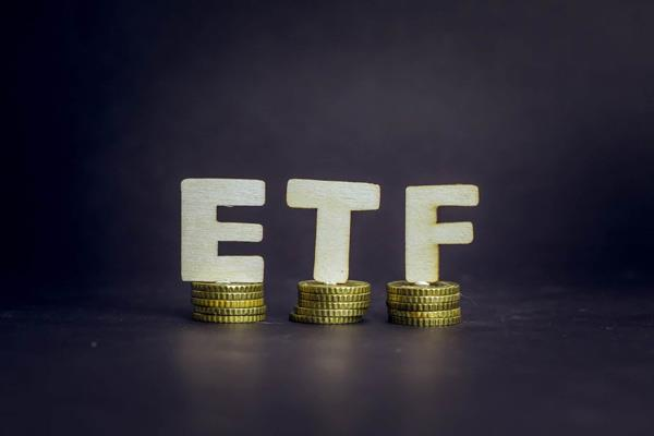 investment in gold etfs up 86 at rs 921 crore in july