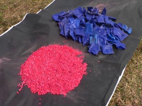 2 held in bangladesh with 13 lakh yaba pills