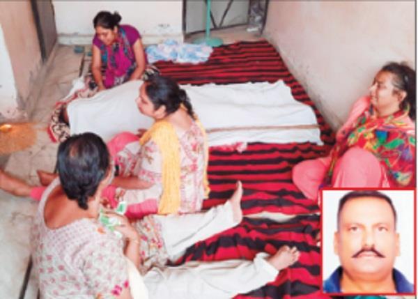 hardware businessman did suicide in jalandhar