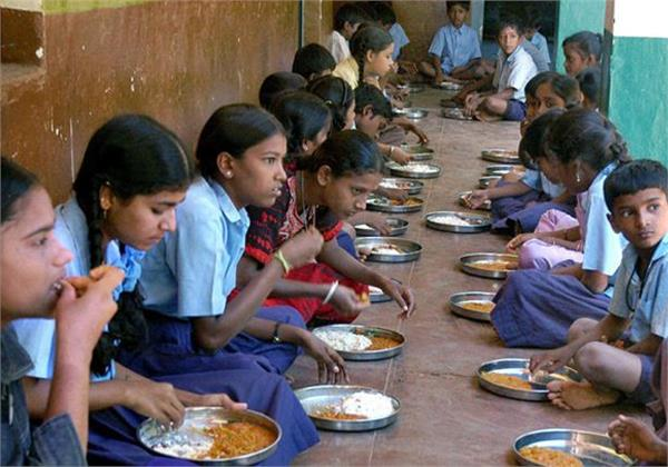 india s ngo raised more than 7 crore rupees from us for mead day meal