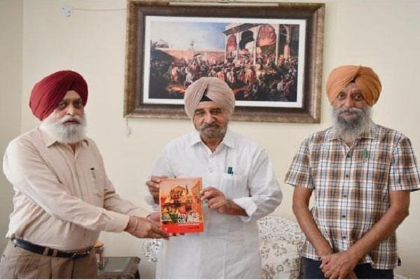 syl undermined the role of akali dal in building the canal