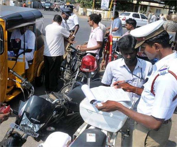 up traffic rules have been ignored 1358 people challaned