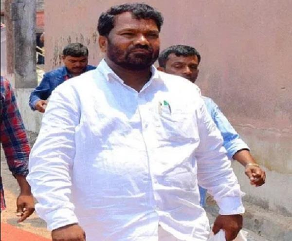 jharkhand education minister jagarnath mahato admitted in 11th