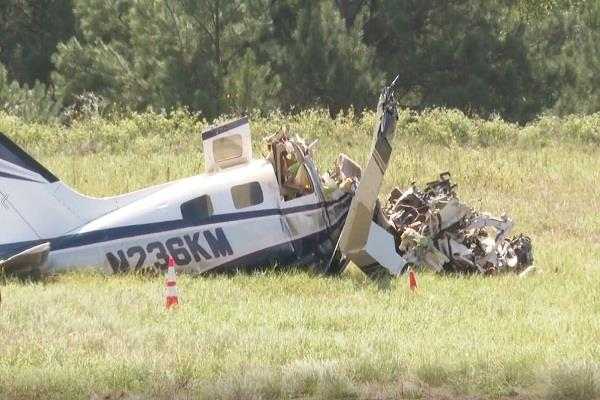 small plane crashes in america s texas 4 killed