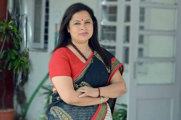 meenakshi lekhi out of jp nadda new team
