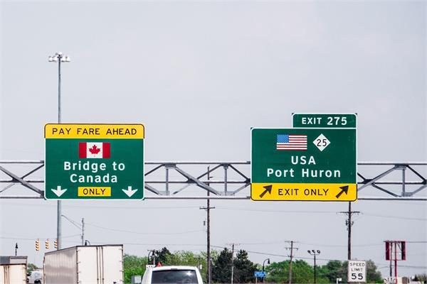 us canada border will remain closed through october
