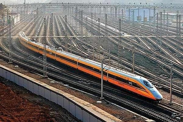 the journey from delhi to meerut will be decided in 60 minutes
