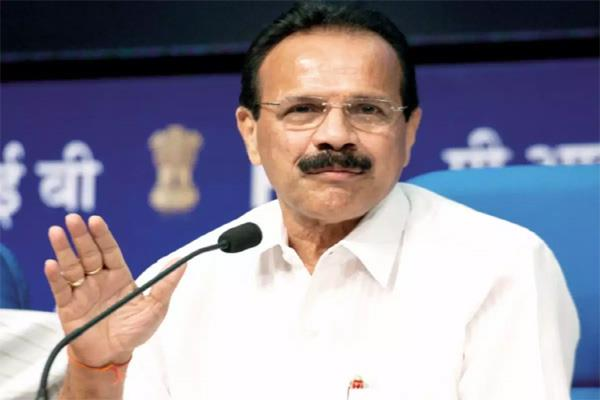 india will be self sufficient in fertilizer production by 2023 gowda