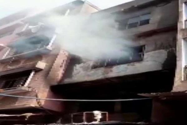 delhi plastic factory inderlok locality fire