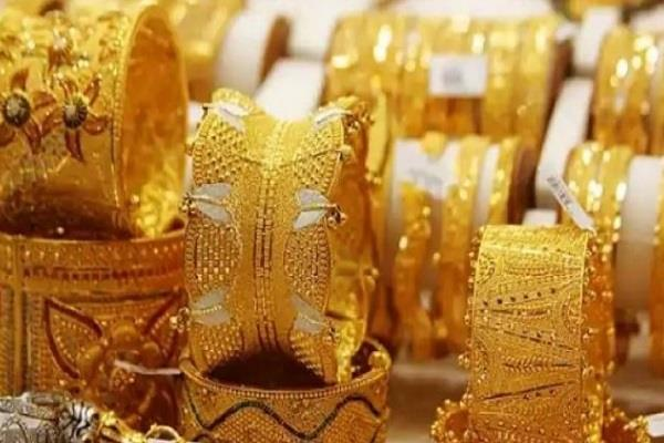 gems and jewelery exports fall by 25 30 percent current fiscal gjepc