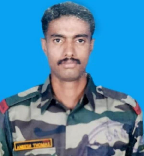 indian army jawan martyred in heavy shelling of pak in rajouri