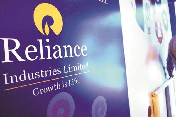 mcap of four of top 10 companies increased by rs 3 lakh crore