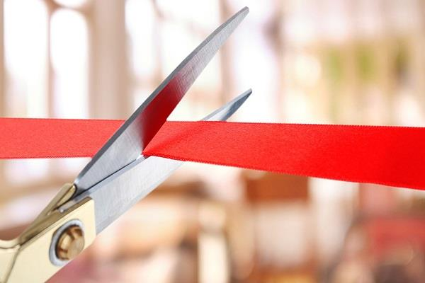 congress mla gets bjp building cutting ribbon in betul
