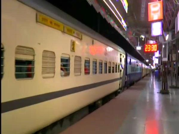 trains started from indore after unlock