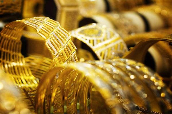 big change in gold and silver prices know what are the rates today