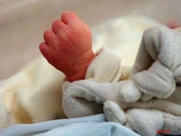 9th student gave birth to a child