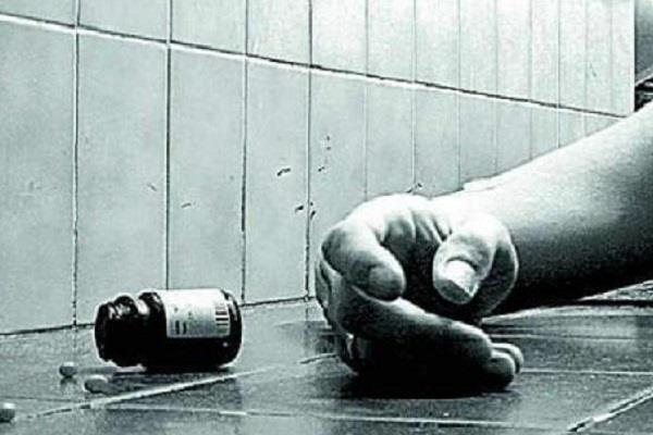 bjp leader commits suicide by consuming poison