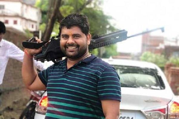 durgesh yadav was not a property dealer killed