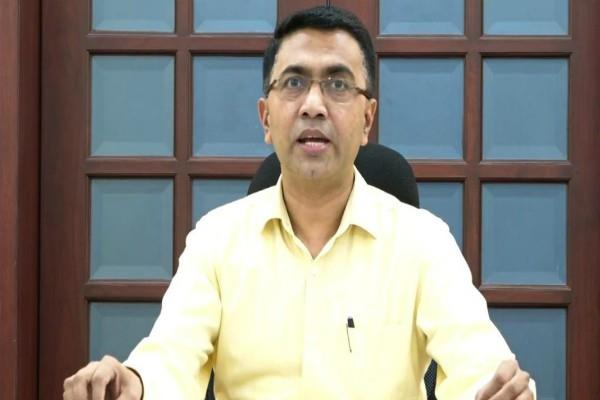 goa cm announces rs 50 lakh insurance for health workers