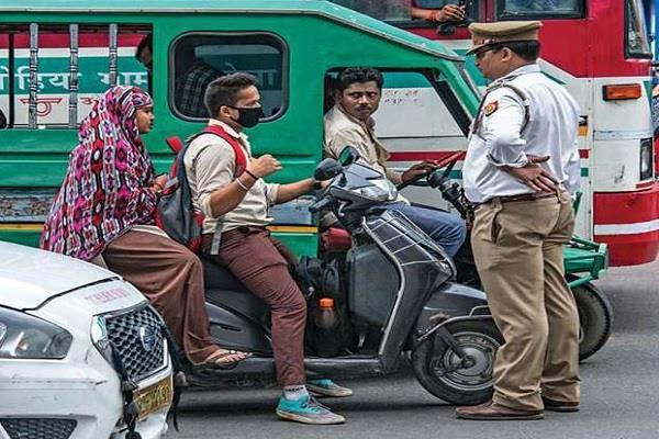 vehicles without registration if caught pay 5 thousand fine