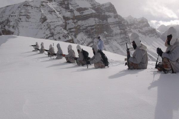 there is no shortage in the food and drink of the soldiers posted on siachen
