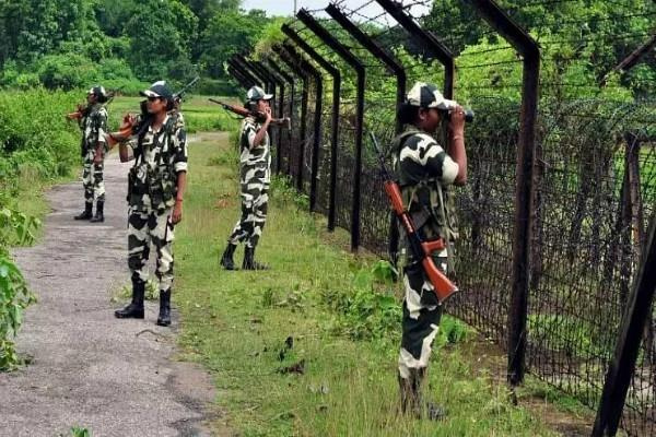 bangladeshi woman caught by bsf in west bengal