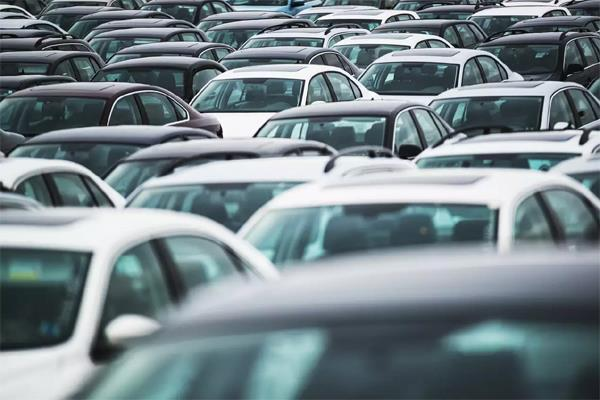 passenger vehicle sales up 14 percent in august after nine months