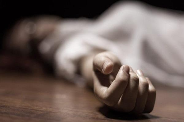woman commits suicide with 15 month old daughter