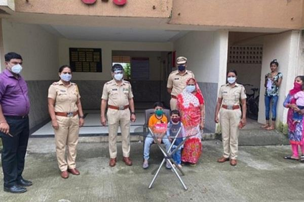 police did a great job to overcome the disappointment of the child