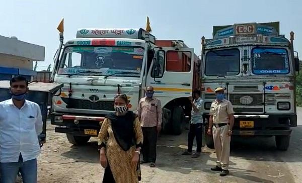 owner rescues overload truck after showing pistol on gunman of adc