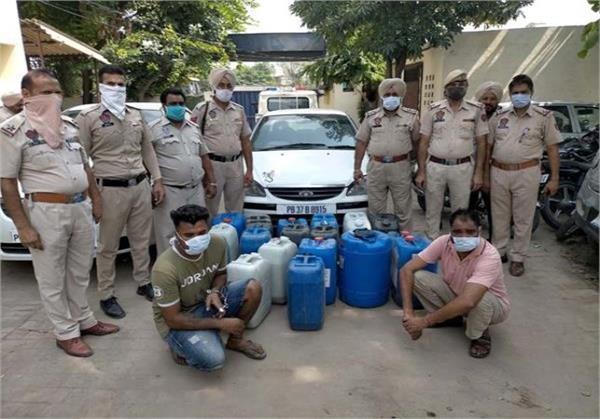 police recovered large amount of illicit liquor from 2 cars