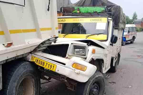 accident on jammu pathankot highway one injured