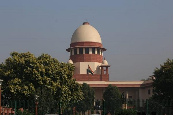 supreme court issues notice to central government and upsc for exam
