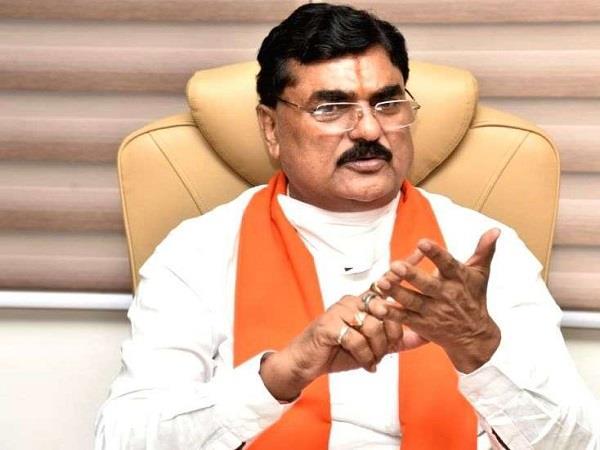 minister kamal patel demands for farmers