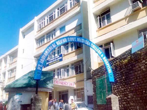 चम्बा मेडिकल कॉलेज में कैंसर के मरीज का पहला सफल ऑप्रेशन