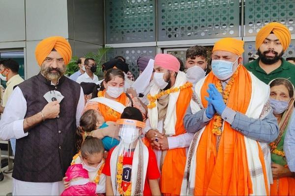 bad condition of hindu sikh minorities in afghanistan