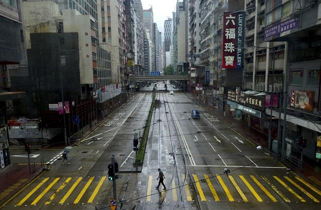 one person killed 21 injured in severe cyclonic storm in hong kong