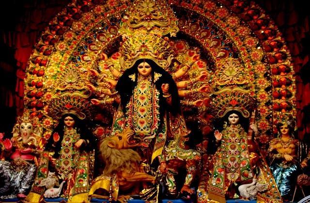 नवरात्रि पर घर में जरूर लाएं ये शुभ चीजें, देवी मां होंगी प्रसन्न