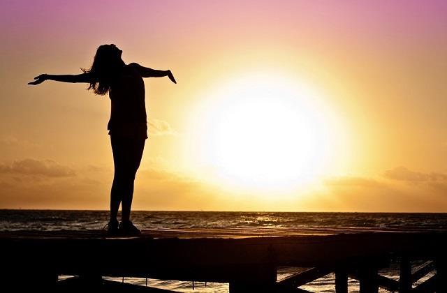 जिंदगी हसीन है, खुल के जी कर तो देखिए.... Busy life में इस तरह करें खुद से प्यार
