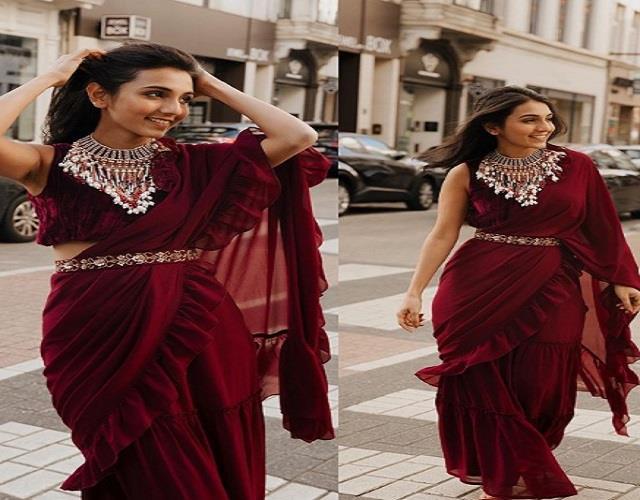 मासूम मीनावाला के बेस्ट Paris Fashion Week लुक, कपड़ों के साथ करती हैं एक्सपेरिमेंट