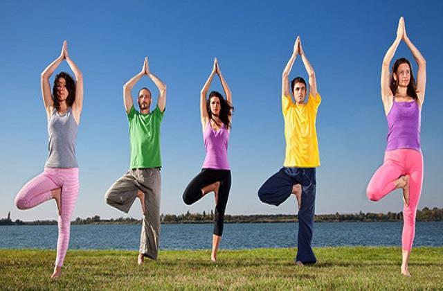 Arthritis Day: अर्थराइटिस प्रॉब्लम में आराम दिलाएंगे ये योगासन, हड्डियों में आएगी मजबूती