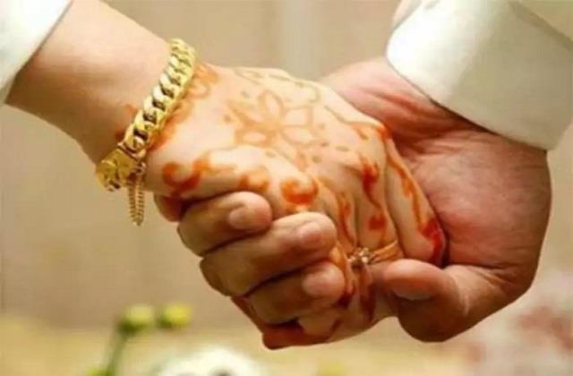 पार्टनर से करें ये वादे, शादीशुदा जिंदगी रहेगी खुशहाल