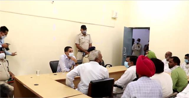 sirsa deputy commissioner held a meeting of former sarpanch and numberdar