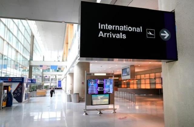 america may make corona test mandatory for international travelers