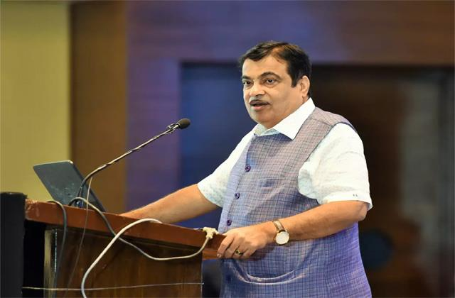road ministry will spend rs 1 200 crore for safe movement
