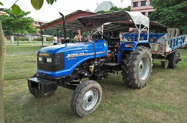 sonalika tractors sales up 57 65 percent to 11 540 units in december